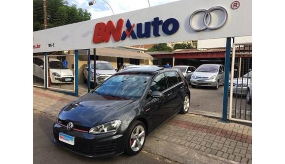 //www.autoline.com.br/carro/volkswagen/golf-20-gti-16v-gasolina-4p-dsg/2017/chapeco-sc/6749725