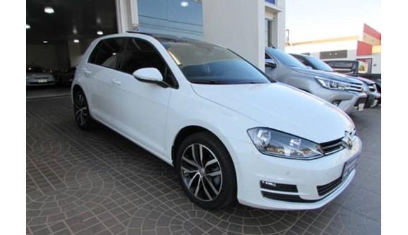 //www.autoline.com.br/carro/volkswagen/golf-14-highline-16v-gasolina-4p-dsg/2015/itapolis-sp/6822867