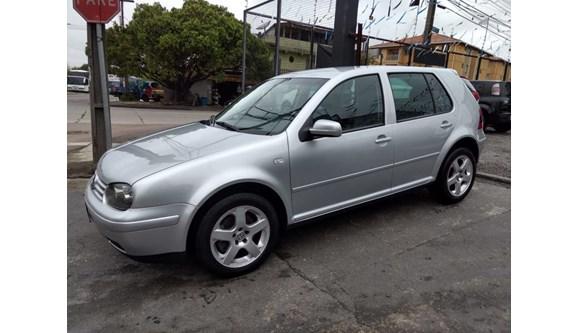 //www.autoline.com.br/carro/volkswagen/golf-18-sport-turbo-mi-150cv-4p-gasolina-manual/2005/curitiba-pr/6931154