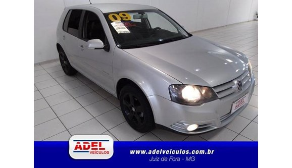//www.autoline.com.br/carro/volkswagen/golf-16-sportline-8v-flex-4p-manual/2009/juiz-de-fora-mg/6946398