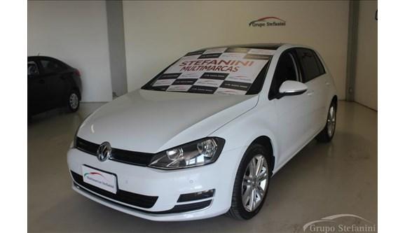 //www.autoline.com.br/carro/volkswagen/golf-14-highline-16v-gasolina-4p-dsg/2015/piracicaba-sp/6952063