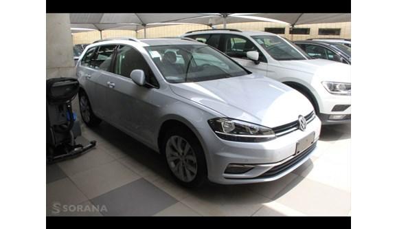 //www.autoline.com.br/carro/volkswagen/golf-14-highline-variant-16v-flex-4p-automatico/2018/sao-paulo-sp/7047959