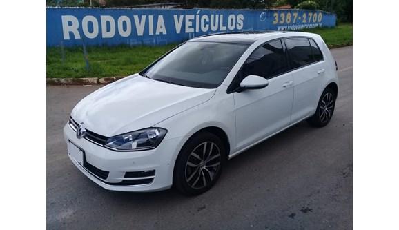 //www.autoline.com.br/carro/volkswagen/golf-14-tsi-highline-premium-gasolina-4p/2015/brasilia-df/7574264