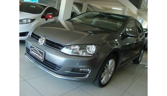 //www.autoline.com.br/carro/volkswagen/golf-14-highline-16v-flex-4p-automatico/2016/leme-sp/8021688