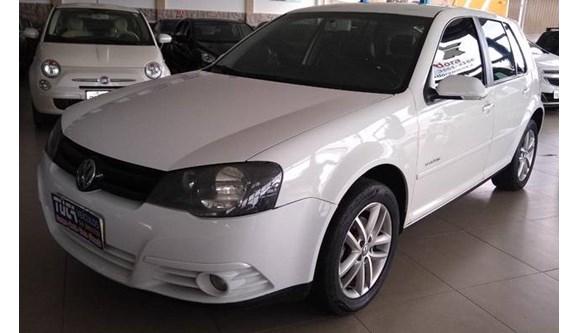 //www.autoline.com.br/carro/volkswagen/golf-20-sportline-8v-flex-4p-automatico/2011/mococa-sp/8212601