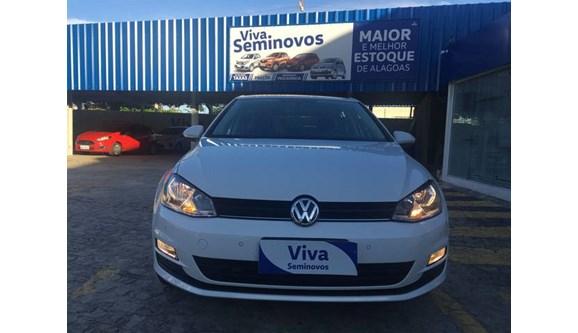 //www.autoline.com.br/carro/volkswagen/golf-14-comfortline-16v-gasolina-4p-manual/2015/maceio-al/8270589