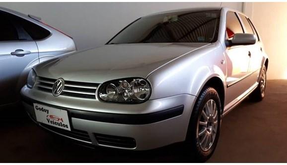 //www.autoline.com.br/carro/volkswagen/golf-16-plus-8v-gasolina-4p-manual/2004/jales-sp/8455109
