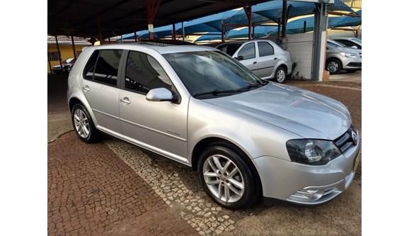 //www.autoline.com.br/carro/volkswagen/golf-16-sportline-8v-flex-4p-manual/2011/cascavel-pr/8598014