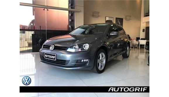 //www.autoline.com.br/carro/volkswagen/golf-16-comfortline-16v-flex-4p-automatico/2016/curitiba-pr/8608192
