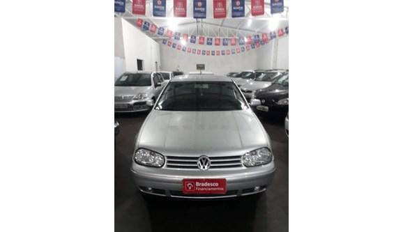 //www.autoline.com.br/carro/volkswagen/golf-16-generation-8v-gasolina-4p-manual/2005/quirinopolis-go/9712965
