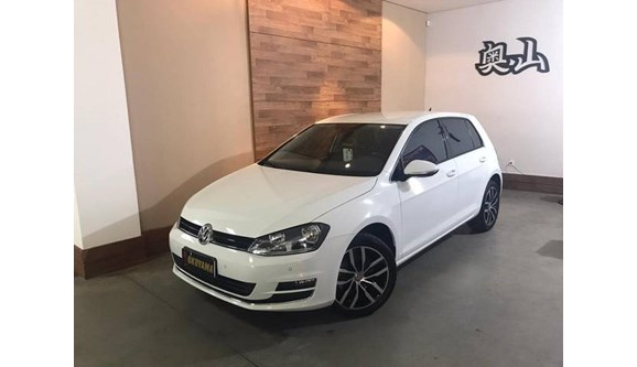 //www.autoline.com.br/carro/volkswagen/golf-14-tsi-highline-flex/2017/taubate-sp/9845346
