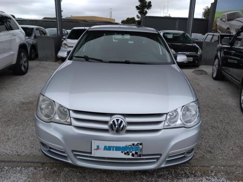 //www.autoline.com.br/carro/volkswagen/golf-20-8v-flex-4p-automatico/2010/curitiba-pr/9967086