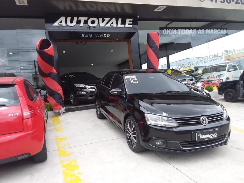 //www.autoline.com.br/carro/volkswagen/jetta-20-tsi-highline-16v-sedan-gasolina-4p-dsg/2012/mogi-das-cruzes-sp/10945852