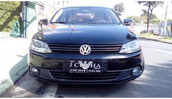 //www.autoline.com.br/carro/volkswagen/jetta-20-comfortline-8v-flex-4p-tiptronic/2012/sorocaba-sp/11796568