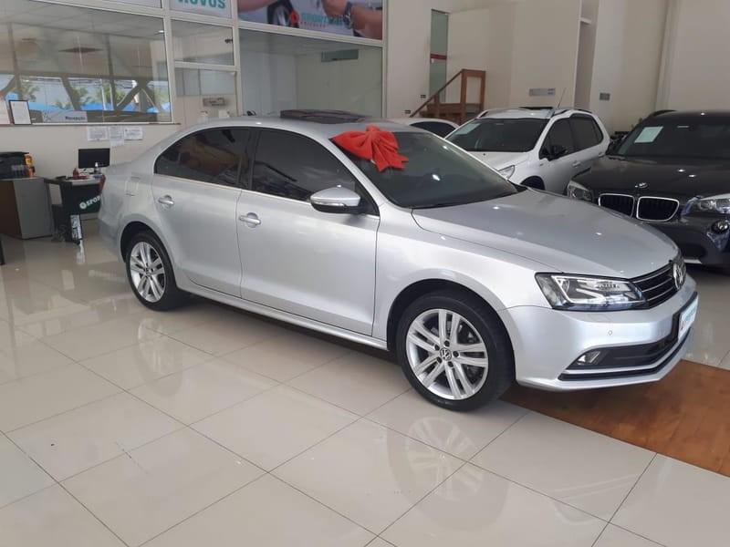 //www.autoline.com.br/carro/volkswagen/jetta-20-tsi-highline-16v-gasolina-4p-turbo-dsg/2016/campinas-sp/12756864