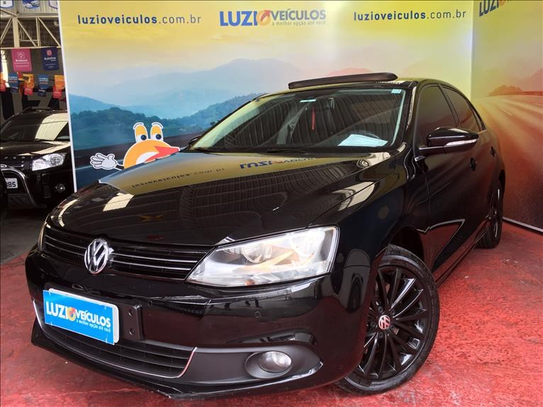 //www.autoline.com.br/carro/volkswagen/jetta-20-tsi-highline-16v-gasolina-4p-turbo-dsg/2012/campinas-sp/13037804