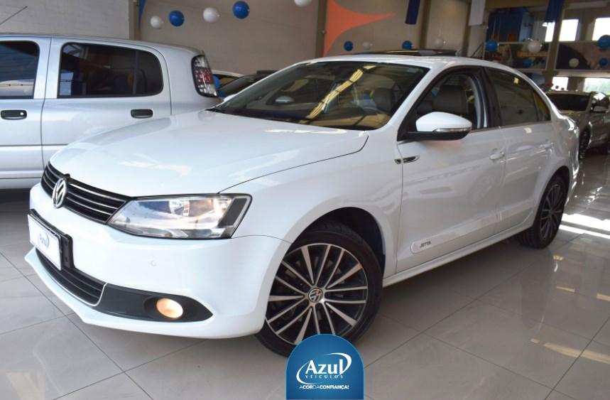 //www.autoline.com.br/carro/volkswagen/jetta-20-tsi-highline-16v-gasolina-4p-turbo-dsg/2014/campinas-sp/13049127