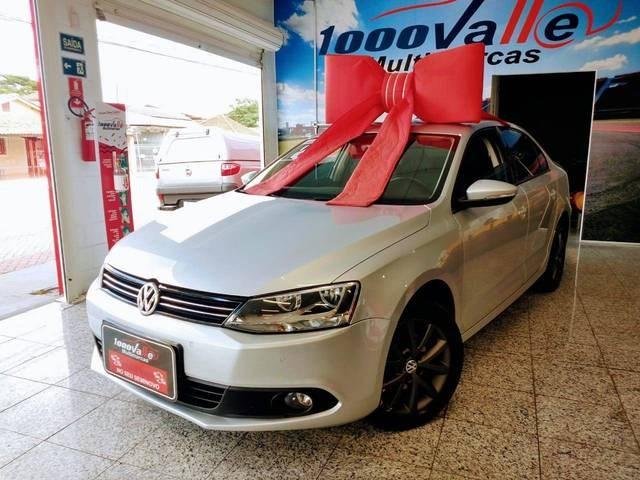 //www.autoline.com.br/carro/volkswagen/jetta-20-comfortline-8v-flex-4p-tiptronic/2012/sao-jose-dos-campos-sp/13075323