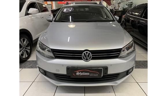 //www.autoline.com.br/carro/volkswagen/jetta-20-comfortline-8v-flex-4p-tiptronic/2012/barueri-sp/13085942