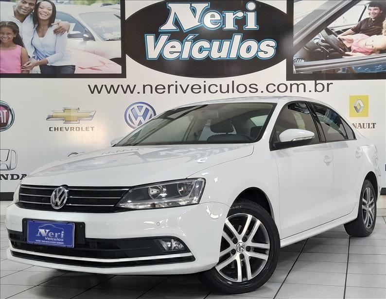 //www.autoline.com.br/carro/volkswagen/jetta-14-tsi-comfortline-16v-gasolina-4p-turbo-tipt/2016/campinas-sp/13119835