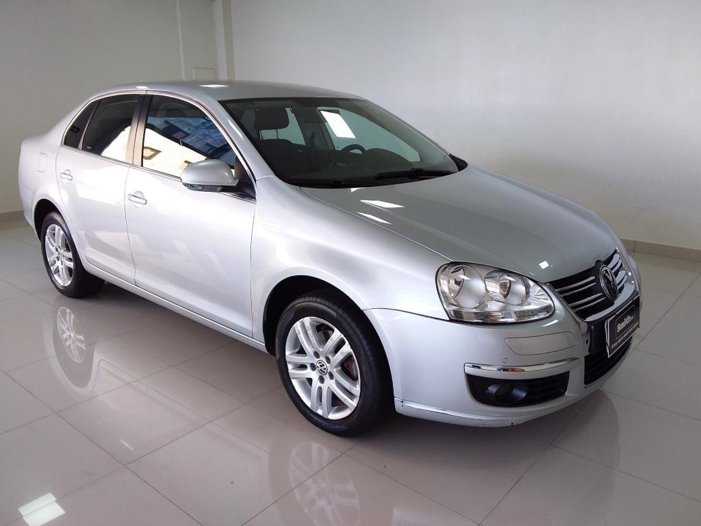//www.autoline.com.br/carro/volkswagen/jetta-25-20v-gasolina-4p-automatico/2009/uberlandia-mg/13175315