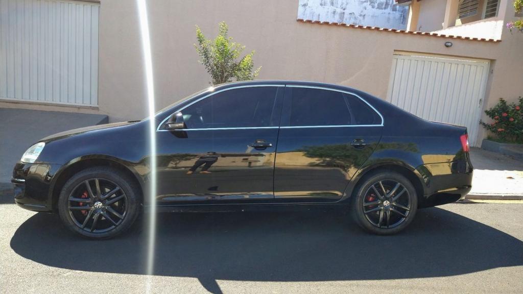 //www.autoline.com.br/carro/volkswagen/jetta-25-20v-gasolina-4p-automatico/2009/ribeirao-preto-sp/13270332