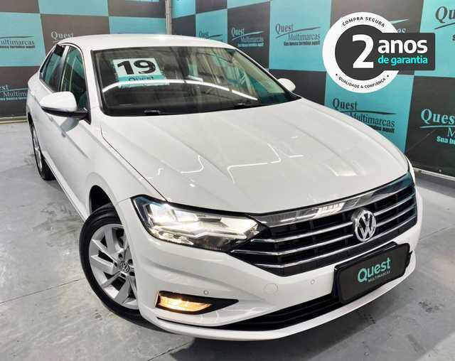 //www.autoline.com.br/carro/volkswagen/jetta-14-250-tsi-comfortline-16v-flex-4p-turbo-tipt/2019/sao-paulo-sp/13630428