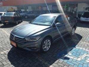//www.autoline.com.br/carro/volkswagen/jetta-14-250-tsi-comfortline-16v-flex-4p-turbo-tipt/2019/sao-paulo-sp/14419569