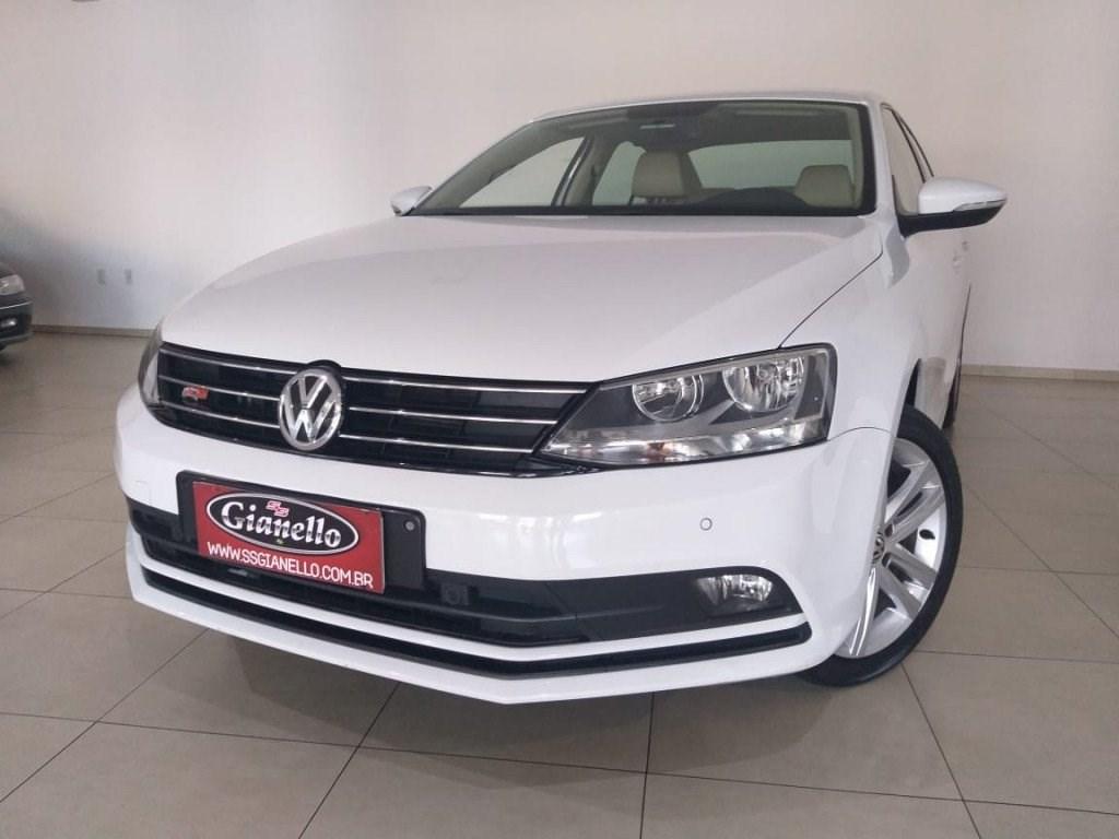 //www.autoline.com.br/carro/volkswagen/jetta-20-tsi-highline-16v-gasolina-4p-turbo-dsg/2015/videira-sc/14670029