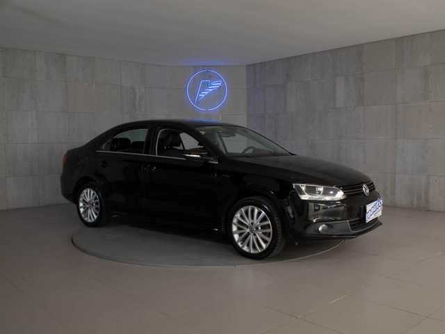 //www.autoline.com.br/carro/volkswagen/jetta-20-tsi-highline-16v-gasolina-4p-turbo-dsg/2012/santos-sp/14750502