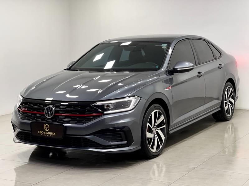 //www.autoline.com.br/carro/volkswagen/jetta-20-350-tsi-gli-16v-gasolina-4p-turbo-dsg/2019/vitoria-es/14763853