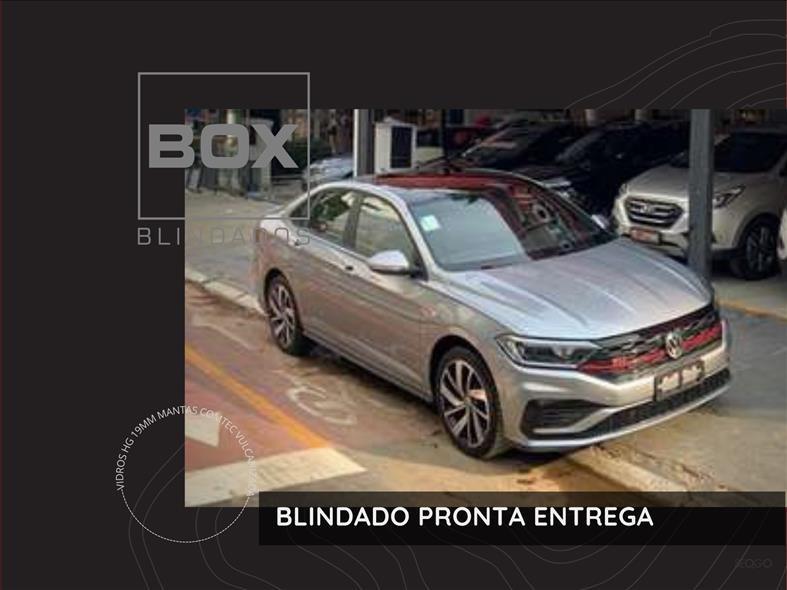 //www.autoline.com.br/carro/volkswagen/jetta-20-350-tsi-gli-16v-gasolina-4p-turbo-dsg/2021/sao-paulo-sp/14809663