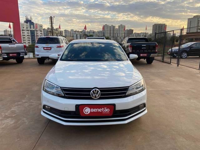 //www.autoline.com.br/carro/volkswagen/jetta-20-tsi-highline-16v-gasolina-4p-turbo-dsg/2015/ribeirao-preto-sp/14834187