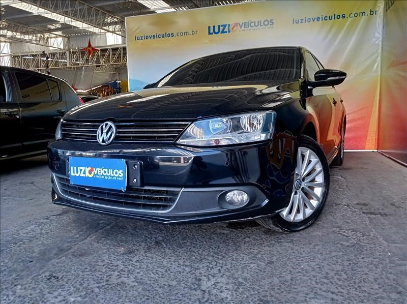 //www.autoline.com.br/carro/volkswagen/jetta-20-tsi-highline-16v-gasolina-4p-turbo-dsg/2012/campinas-sp/14872940