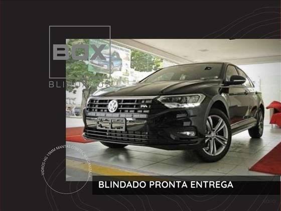 //www.autoline.com.br/carro/volkswagen/jetta-14-250-tsi-r-line-16v-flex-4p-turbo-tiptronic/2020/sao-paulo-sp/14911998
