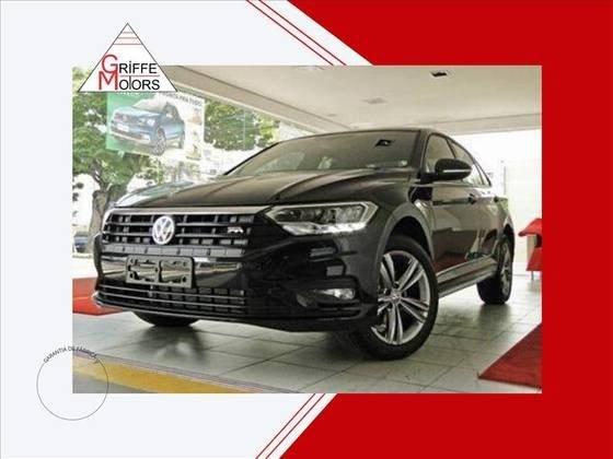 //www.autoline.com.br/carro/volkswagen/jetta-14-250-tsi-r-line-16v-flex-4p-turbo-tiptronic/2020/sao-paulo-sp/14912001
