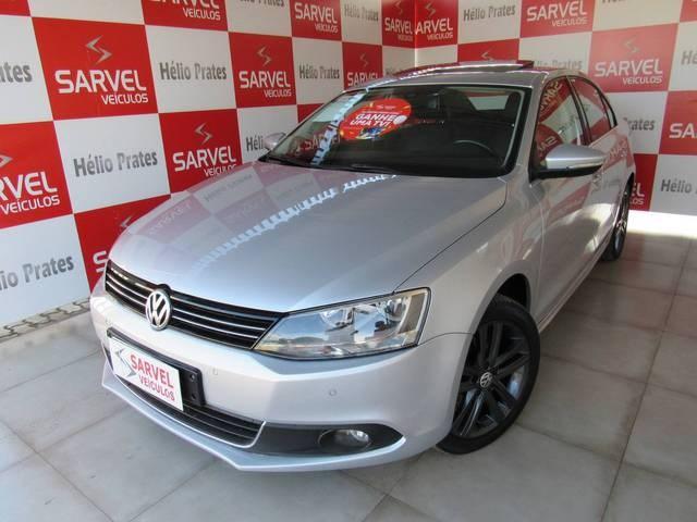 //www.autoline.com.br/carro/volkswagen/jetta-20-tsi-highline-16v-gasolina-4p-turbo-dsg/2013/brasilia-df/14920540