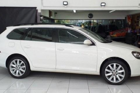 //www.autoline.com.br/carro/volkswagen/jetta-25-variant-20v-gasolina-4p-automatico/2012/osasco-sp/14975529