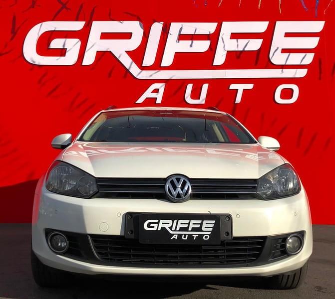 //www.autoline.com.br/carro/volkswagen/jetta-25-variant-20v-gasolina-4p-automatico/2011/curitiba-pr/14986132