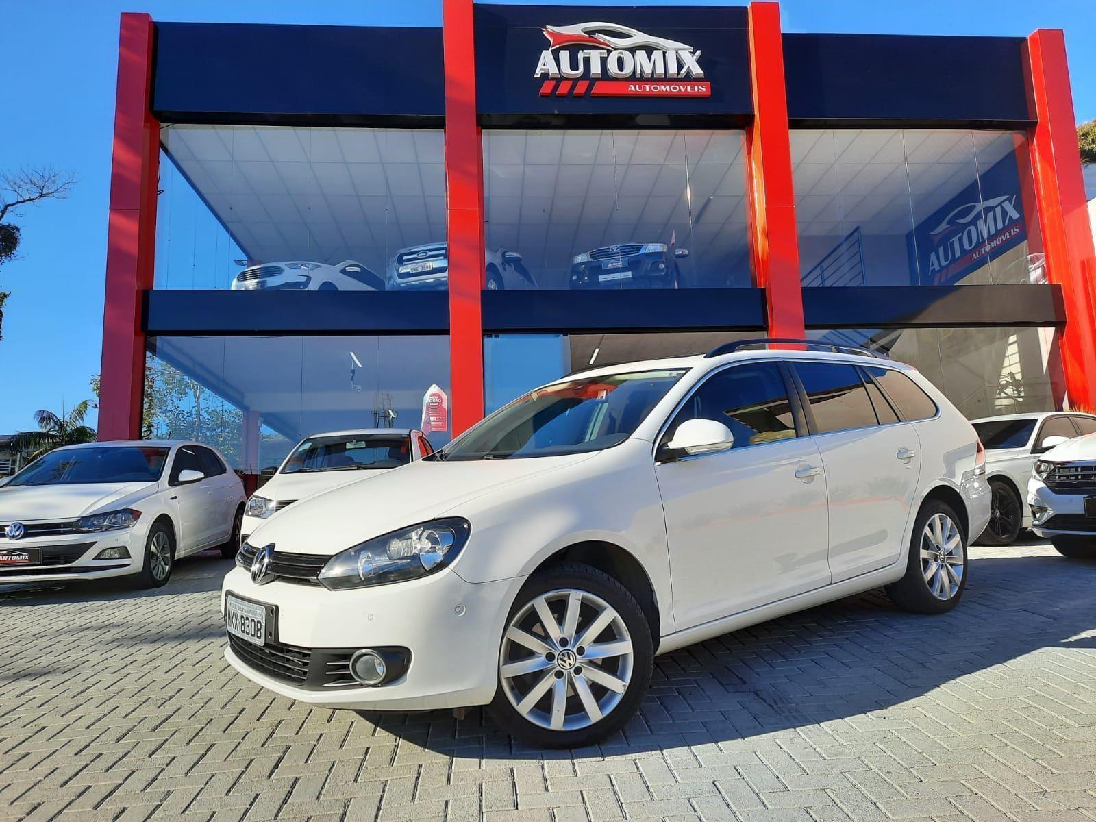 //www.autoline.com.br/carro/volkswagen/jetta-25-variant-20v-gasolina-4p-automatico/2013/blumenau-sc/15250624