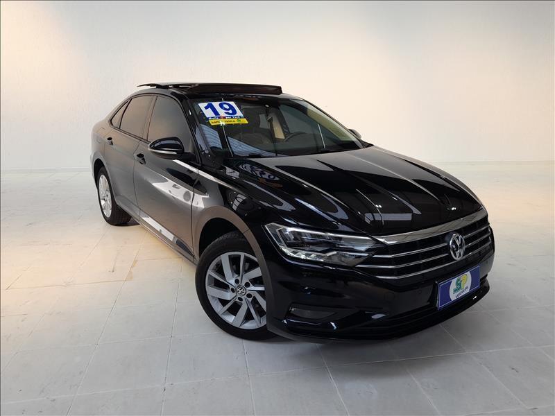 //www.autoline.com.br/carro/volkswagen/jetta-14-250-tsi-comfortline-16v-flex-4p-turbo-tipt/2019/sao-paulo-sp/15509600