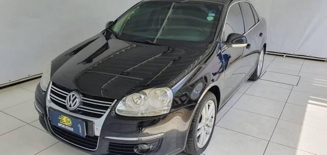 //www.autoline.com.br/carro/volkswagen/jetta-25-variant-20v-gasolina-4p-automatico/2009/recife-pe/15725161
