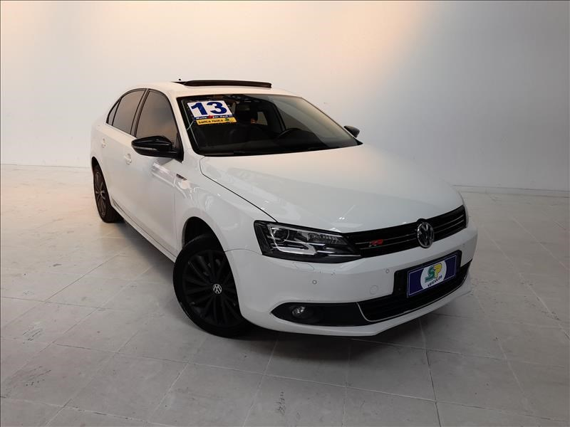 //www.autoline.com.br/carro/volkswagen/jetta-20-tsi-highline-16v-gasolina-4p-turbo-dsg/2013/sao-paulo-sp/15726097