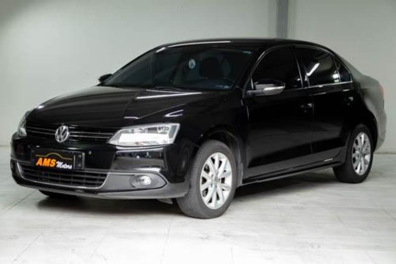 //www.autoline.com.br/carro/volkswagen/jetta-20-comfortline-8v-flex-4p-tiptronic/2011/curitiba-pr/15821853