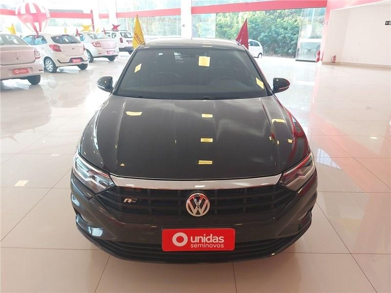 //www.autoline.com.br/carro/volkswagen/jetta-14-250-tsi-r-line-16v-flex-4p-turbo-tiptronic/2020/aracatuba-sp/15842814