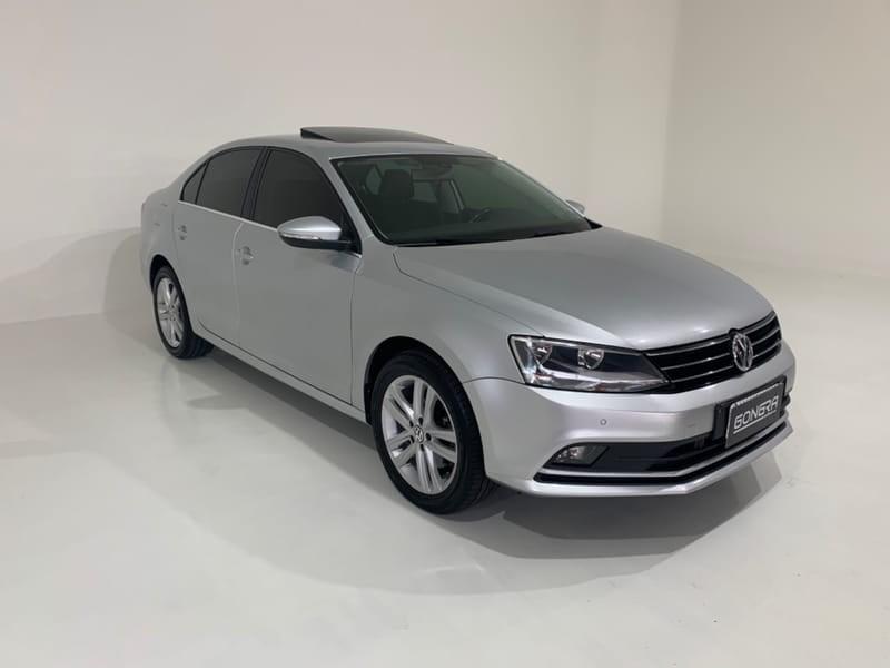 //www.autoline.com.br/carro/volkswagen/jetta-20-tsi-highline-16v-gasolina-4p-turbo-dsg/2016/curitiba-pr/15870010
