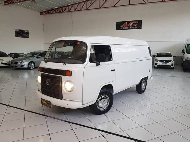 //www.autoline.com.br/carro/volkswagen/kombi-14-furgao-8v-flex-4p-manual/2010/sao-paulo-sp/12286886
