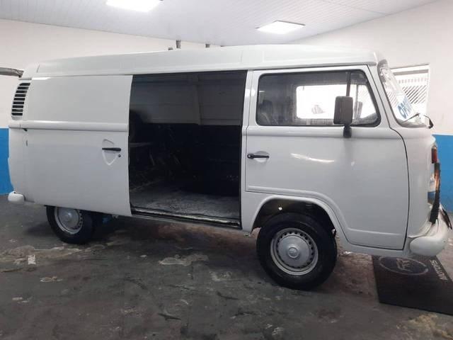 //www.autoline.com.br/carro/volkswagen/kombi-14-furgao-8v-flex-4p-manual/2008/sao-paulo-sp/14485596