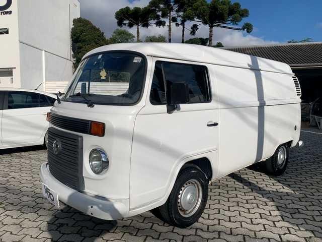 //www.autoline.com.br/carro/volkswagen/kombi-14-furgao-8v-flex-4p-manual/2014/curitiba-pr/14881259