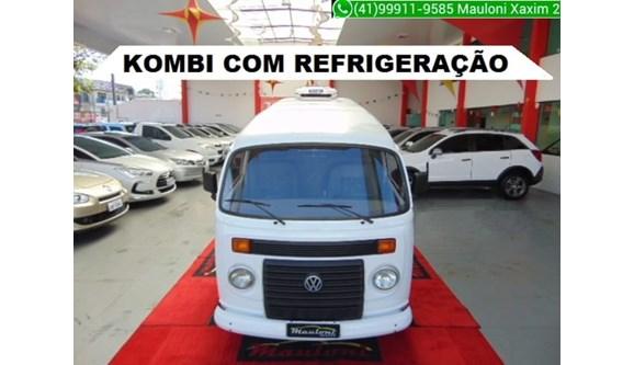 //www.autoline.com.br/carro/volkswagen/kombi-14-8v-furgao-flex-4p-manual/2014/curitiba-pr/8557343